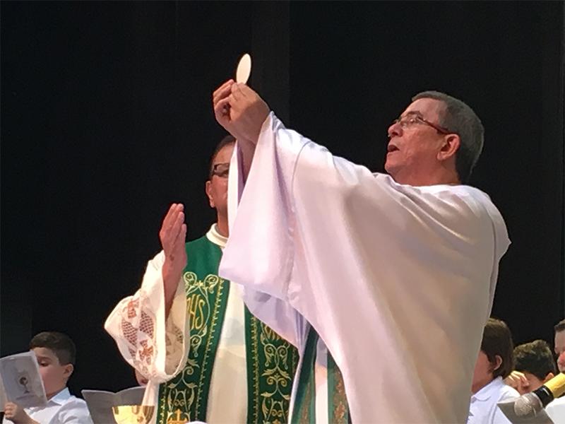 [Primeira Eucaristia]