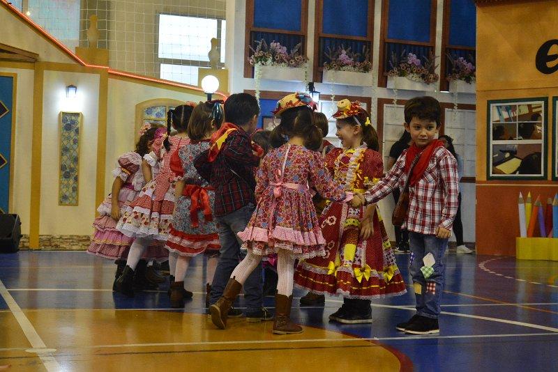 [Festa Junina - Danças 1]