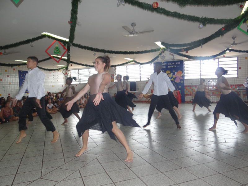 [Entrega das Sacolinhas de Natal - Laranjal Paulista  ]